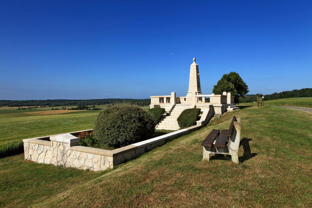 Monument allemand de Luzy-Saint-Martin
