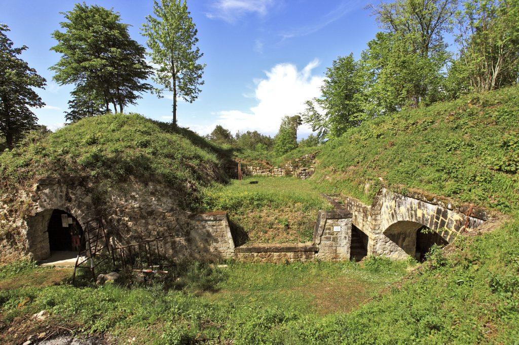 Abri traverse du fort de Troyon