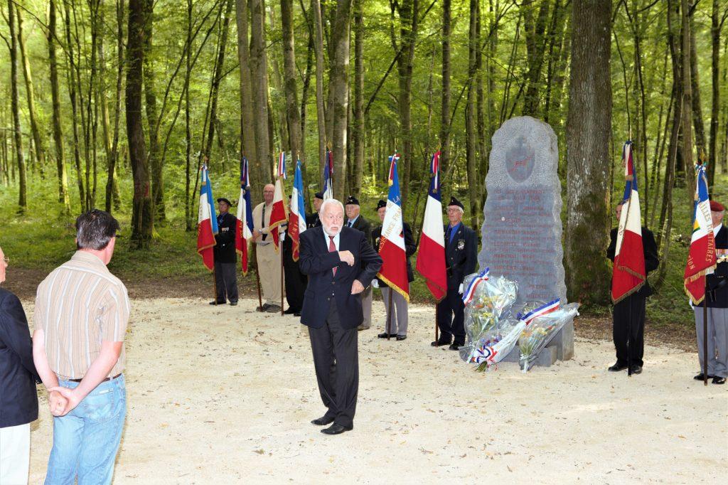 Cérémonie au monument des maquisards à Mouzay