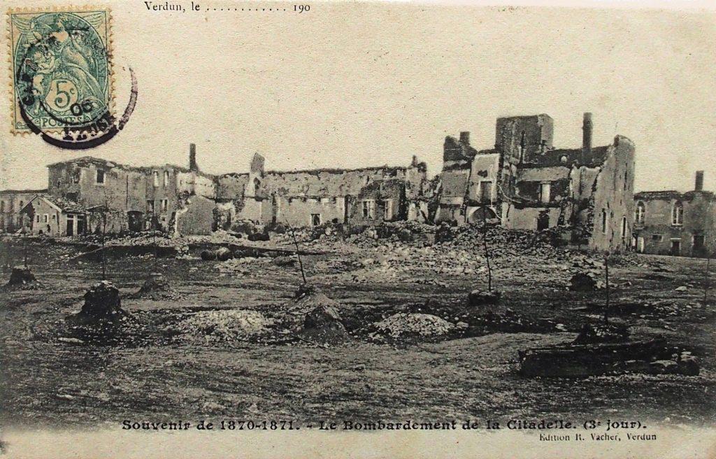 La citadelle après le bombardement du 13 au 15 octobre (coll. part.)