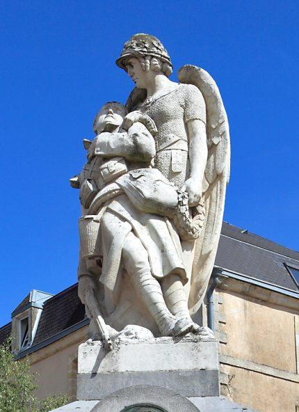 Symbolique du statuaire