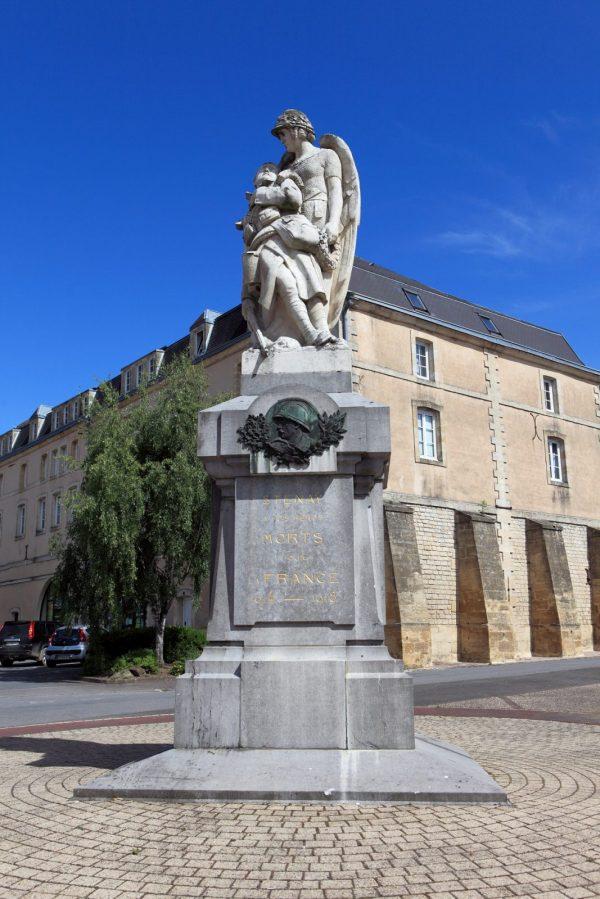 Monument aux mort de Stenay